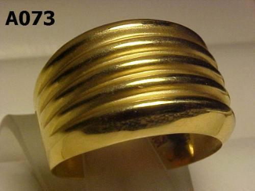 #073a - Anel Largo Com Linhas Horizontais Em Ouro 18k