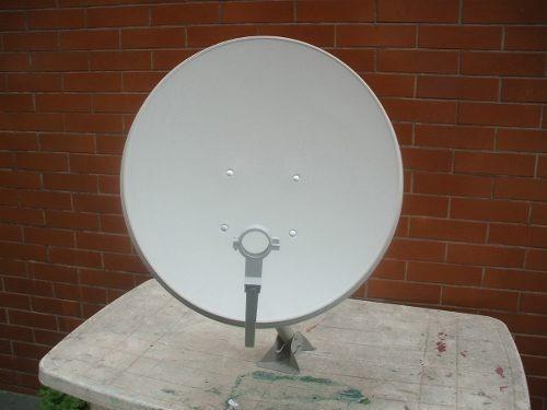 2 Antena 60 Cm Ku Com Lnb Universal Duplos