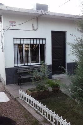 Vendo Muy Buena Casa De Material ,,,posible ,,permuta