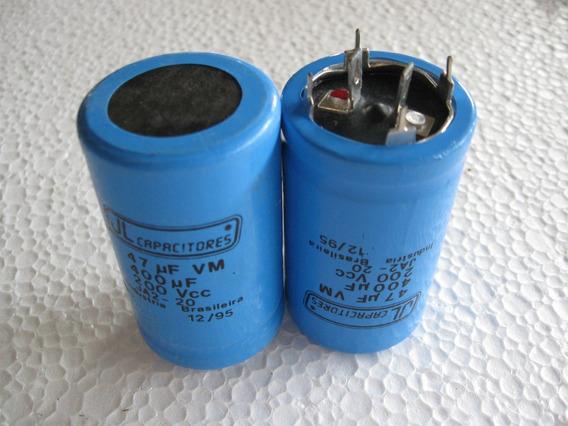 Capacitor Eletrolitico 400uf + 47 Uf X 200v