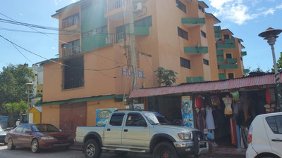 Edificio En Boca Chica 32 Habitaciones