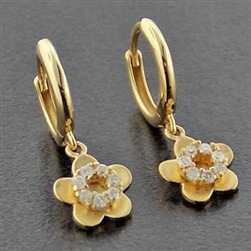 Brinco Argola De Ouro 18k Flor De Diamantes Naturais Br43vj