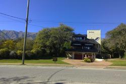 Casa Unica, Para Exigentes, Lugar Privilegiado, Permuto.