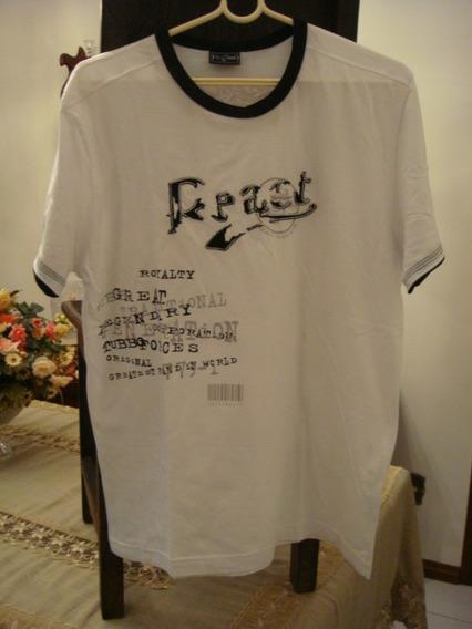 Blusa Camiseta Tubbo Branca Com Detalhe Preto Bordado Tam. G