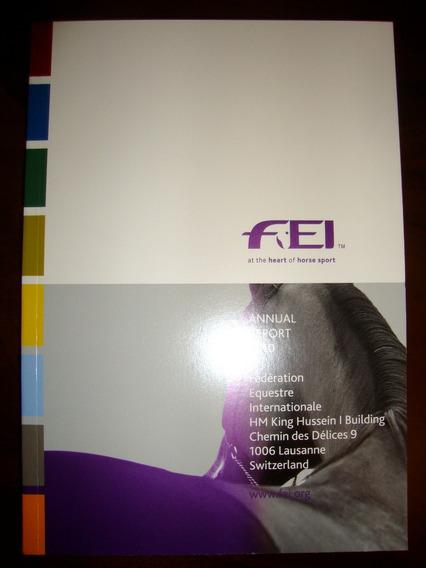 Livro ( Anuario 2010 ) Da Federacao Internacional Equestre