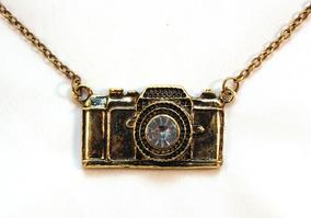 Grande Colar Câmera Fotográfica - Ouro Envelhecido