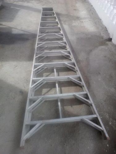 Escalera De Aluminio Tipo Tijera 12 Tramos