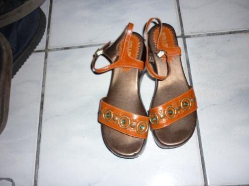 Sandália Plataforma N.36 Tiras Com Pedrarias