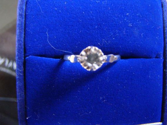 Anel Solitario De Ouro Branco 18k Com Diamante 21