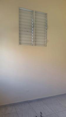 Rento, Alquilo No Amueblado Apartamento Zona Colonial, Rd