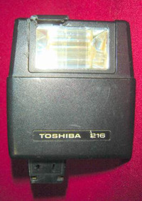 Flash Toshiba, Modelo 216
