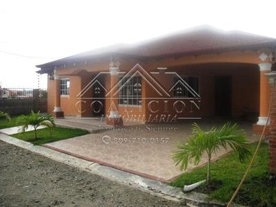 Coalicion Vende Casa En Jarabacoa Proyecto Cerrado 300 Mts2