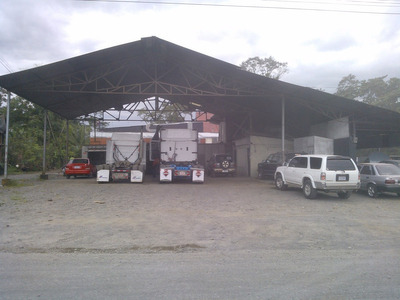 Taller Frente A Estación De Rtv En Guápiles