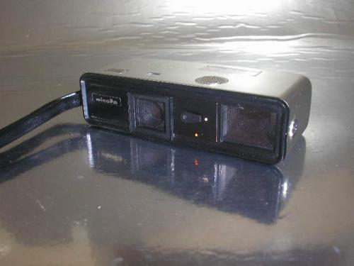 ( L - 270 ) Máquina Fotográfica Minolta 16 Ps
