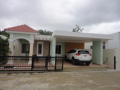 Casa En Venta En Gurabo Santiago República Dominicana