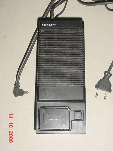 * Carregador De Bateria Sony - Mod: Ac-m110 E *