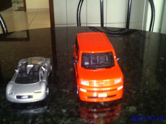 2 Miniaturas De Carros Top De Linha Audi E Scion Xb