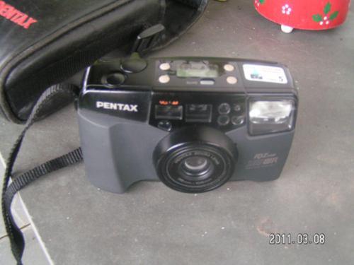 Pentax Camera I Q Zoom 105 Wr 38 Mm Filme