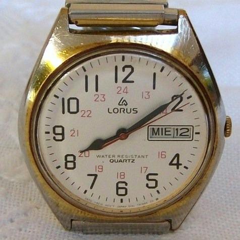 Relógio De Pulso Unisex A Quartz Lorus.