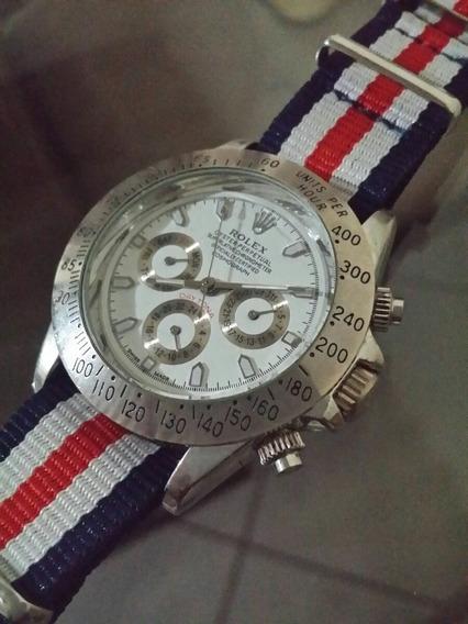 Relógio Rolex Precisa De Limpeza Funciona E Para.