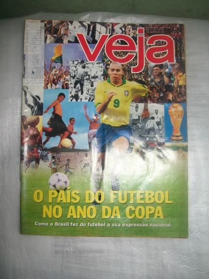 Revista Veja Nº 1528 - 01/1998 - O Pais Do Futebol
