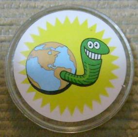 Mega Caps Casseta E Planeta