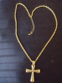 Magnífico Colar Pingente Crucifixo Dourado Com Banho Ouro 18