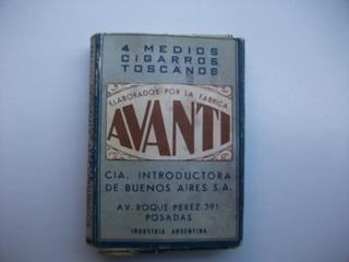 Caja De 4 Medios Cigarros Toscanos Avanti