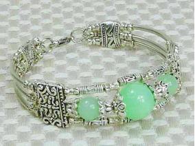 Lindíssimo Bracelete De Jade Verde Natural Em Prata Tibetana