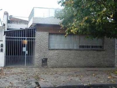 Casa 3 Dormitorios Wilde (permuta 3 Amb. Las Flores 1600
