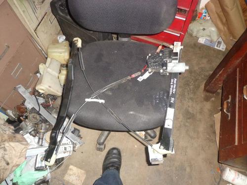Vendo Regulador De Ventana  Delantero Derecho Ford Mondeo 04