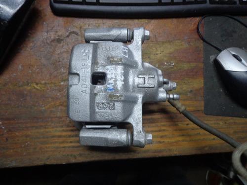 Vendo Caliper De  Freno Delantero Izquierdo De Mazda 929