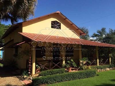Coalición Vende Casa Tipo Villa En Jarabacoa 1050 Mts2-