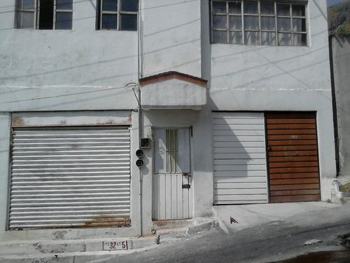 Imagen 1 de 12 de Casa Sola En Gustavo A Madero Cuenta Con 4 Deptos Independ