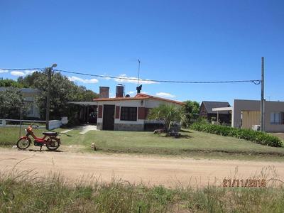 Ref. 26 Alquiler Casa 30 Mtrs. De Playa Cuchilla Alta