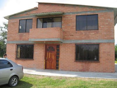 Vencambio Casa Campestre En Valle A Propiedad En Medellín