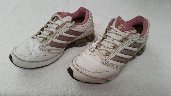 Zapatillas adidas. Mujer.#