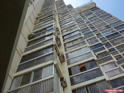 Apartamentos En Venta En Vargas - Catia La Mar