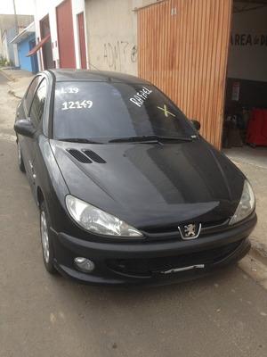 Sucatas Desmontadas - Peugeot 206 1.4 8v Flex (2008)