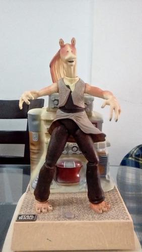 Jar Jar Binks 45 Cm Pedestal Solo Decoración Le Falta Oreja