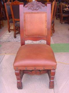 Hermosa Silla Tallada De Mezquite Con Piel Estilo Antiguo.