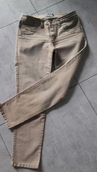 Jeans Elastizado De Mirta Armesto