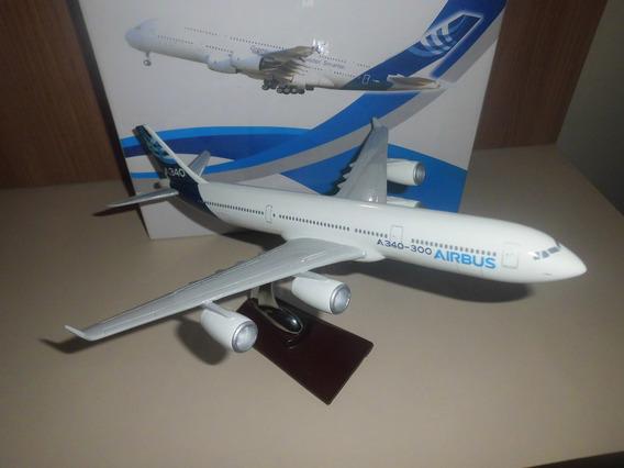 Aviao Airbus A340-300 Medindo Aprox 32cptox30cm Envergadura