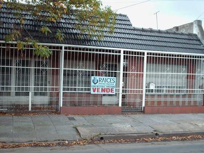 Vendo Casa Tres Ambientes Con Garage Y Fondo San Justo