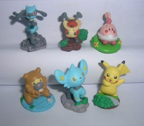 Kinder Ovo - Pokémon (tomy)