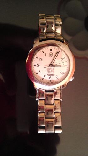 4e9196e76418 Bonito Reloj Victorinox Cristal Zafiro Buen Precio Original
