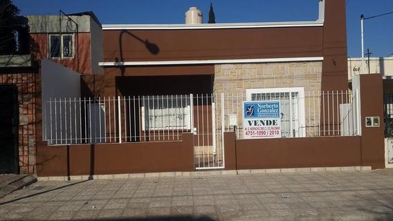 Vendo Casa En El Palomar A 2 Cuadras De La Estación A Nuevo