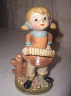Antigua Figura De Porcelana Hermoso Adorno De Vitrina