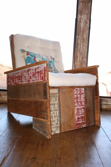 Poltrona Em Peroba Rosa De Demolição Colorida S/futon
