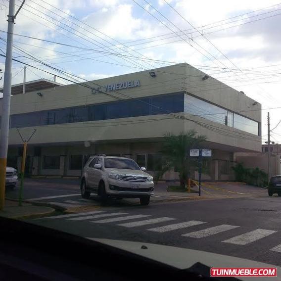 Centro Comercial En Venta Lechería, Edo. Anzoátegui